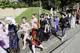 """Galeria """"Średniowieczny Polsko-Czeski Dzień Dziecka"""" - barwny przemarsz dzieci w barwnych strojach"""